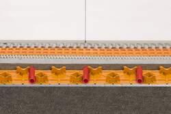 Schlüter®-BEKOTEC-EN 18 FTS kommt auf eine niedrige Höhe von 23 mm.